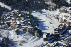 La Tania from on high.